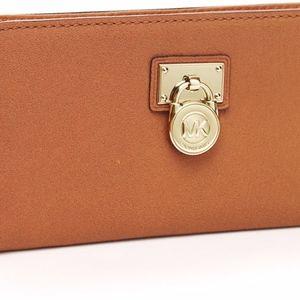 Michael Kors Hamilton Continental Wallet